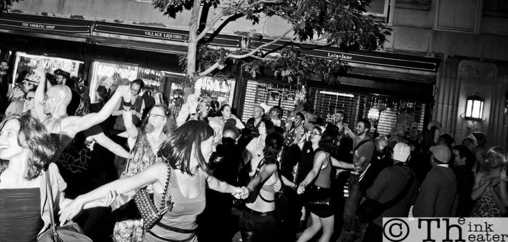 drag march 2011 snake dance